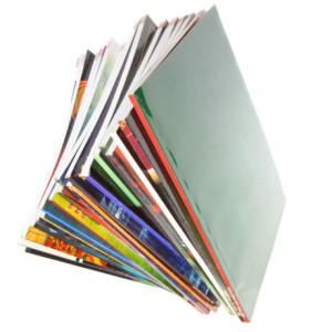 Фото стопки журналов