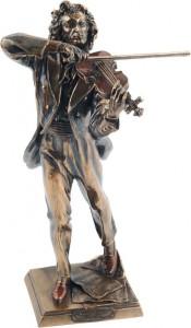 Фото статуэтки Паганини