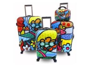 Фото ярких чемоданов