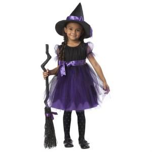 Фото девочки в костюме ведьмы