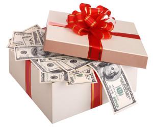 Фото денег в коробке
