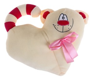 Фото мягкой игрушки в форме сердца