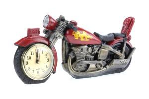 Фото часов в виде мотоцикла