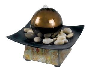 Фото бронзового фонтана