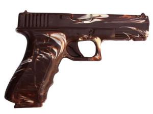 Фото шоколадного пистолета
