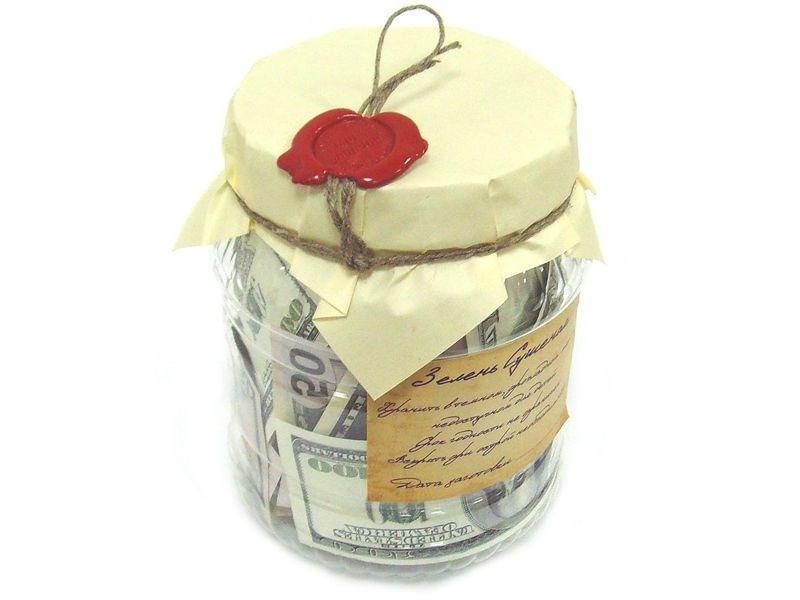 Сувенир «Деньги в банке»